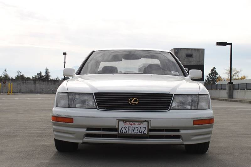 1996 LEXUS LS 400 BASE 4DR SEDAN white abs - 4-wheel antenna type - power anti-theft system - a