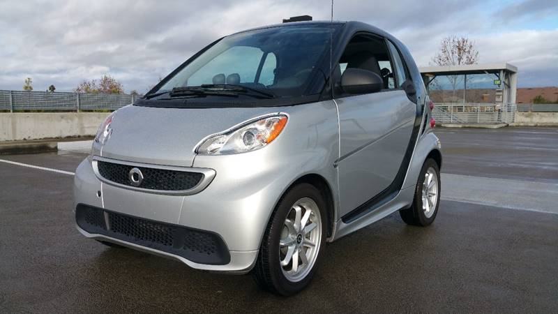 2013 SMART FORTWO PASSION ELECTRIC DRIVE 2DR HATCH silver front bumper color - body-color grille