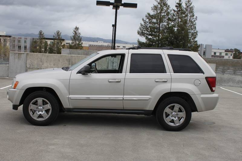 2007 JEEP GRAND CHEROKEE LIMITED 4DR SUV beige 17x75 chrome clad aluminum wheels 230 kph primar