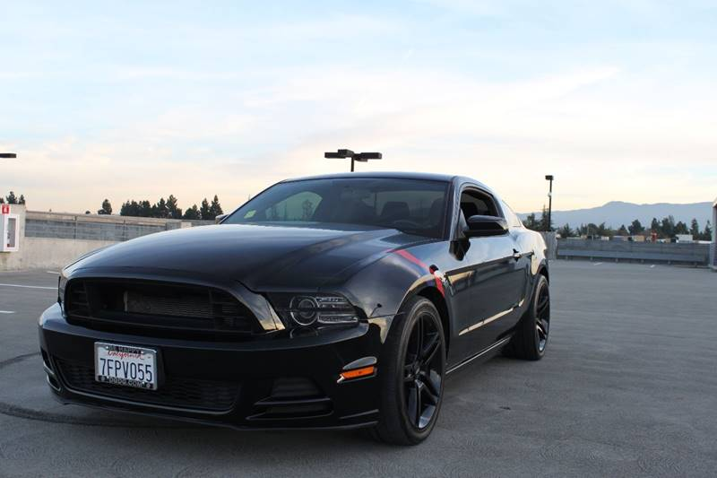 2014 FORD MUSTANG V6 PREMIUM 2DR COUPE black exhaust - dual tip door handle color - body-color