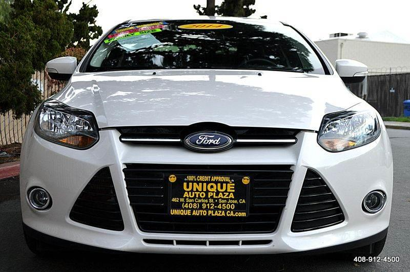 2013 FORD FOCUS TITANIUM 4DR SEDAN white door handle color - body-color focus graphic package f