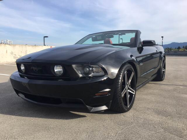 2010 FORD MUSTANG GT 2DR CONVERTIBLE black exhaust tip color - polished aluminum mirror color -