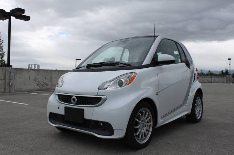 2013 SMART FORTWO PASSION ELECTRIC DRIVE 2DR HATCH white 15 inch 6-spoke alloy wheels abs - 4-wh