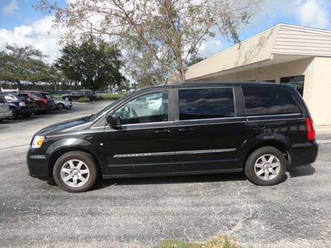 2011 Chrysler Town and Country for sale in Ocoee, FL