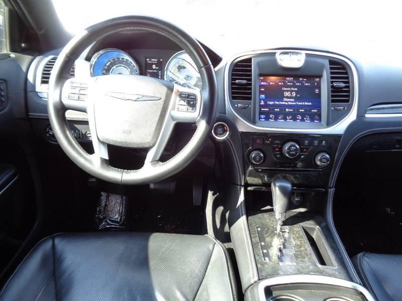 2012 Chrysler 300 C 4dr Sedan - Vacaville CA