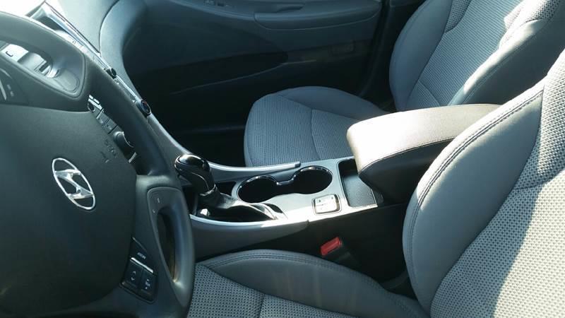 2013 Hyundai Sonata GLS 4dr Sedan - Roscoe IL