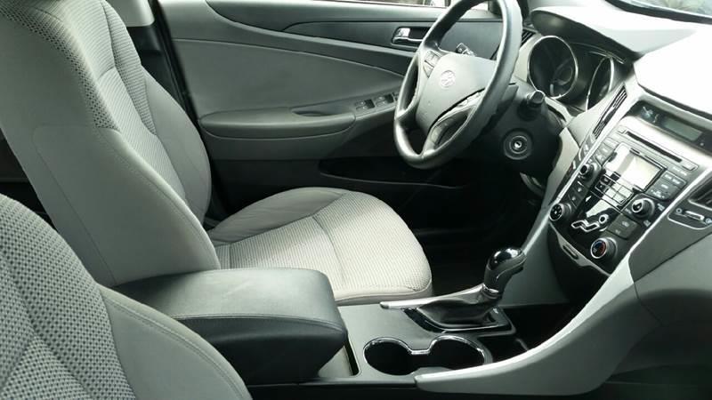 2012 Hyundai Sonata GLS 4dr Sedan - Roscoe IL