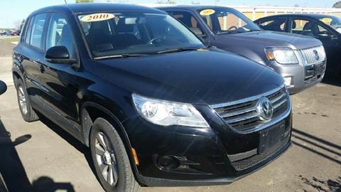 2010 Volkswagen Tiguan for sale in Roscoe, IL