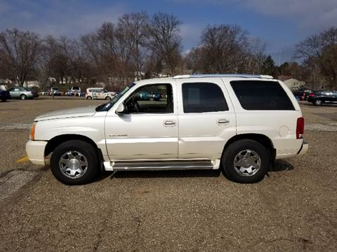 2005 Cadillac Escalade for sale at WESTERN RESERVE AUTO SALES in Beloit OH
