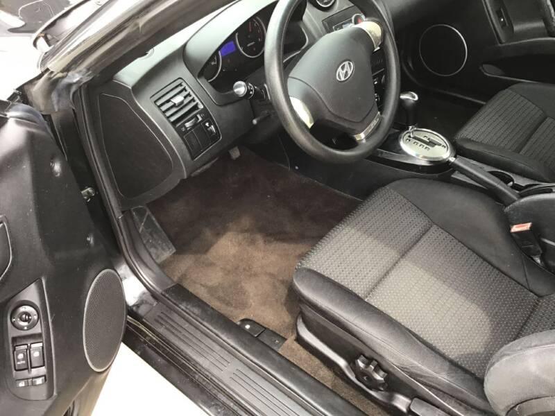 2008 Hyundai Tiburon GS 2dr Hatchback - Bates City MO