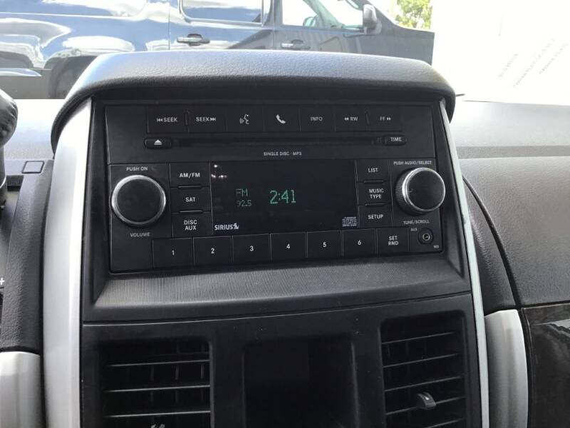 2010 Dodge Grand Caravan SXT 4dr Mini-Van - Bates City MO
