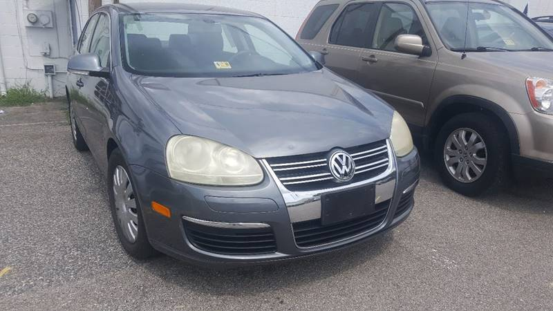 2005 Volkswagen Jetta New 2.5 4dr Sedan - Richmond VA