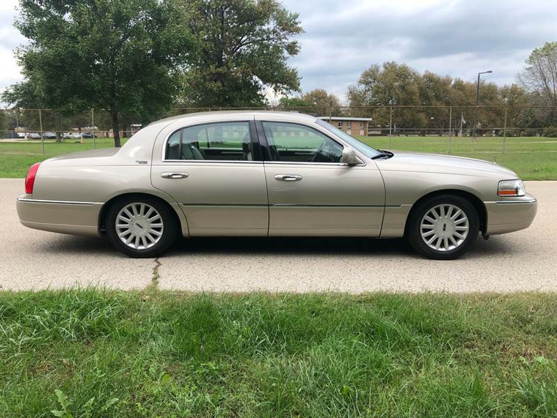 2005 Lincoln Town Car Signature Limited 4dr Sedan In Philadelphia Pa