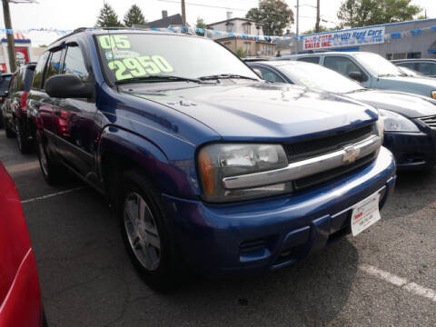 2005 Chevrolet TrailBlazer for sale at M & R Auto Sales INC. in North Plainfield NJ