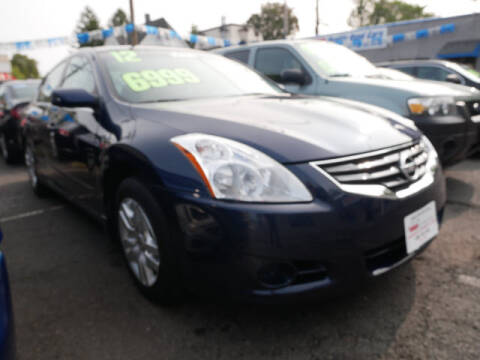 2012 Nissan Altima for sale at M & R Auto Sales INC. in North Plainfield NJ