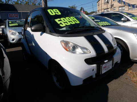 2009 Smart fortwo for sale at M & R Auto Sales INC. in North Plainfield NJ