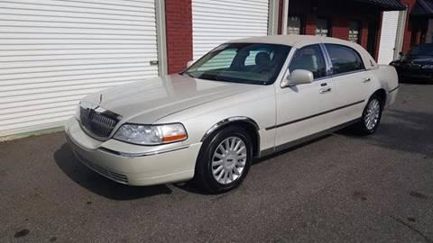 2005 Lincoln Town Car for sale in Braselton, GA