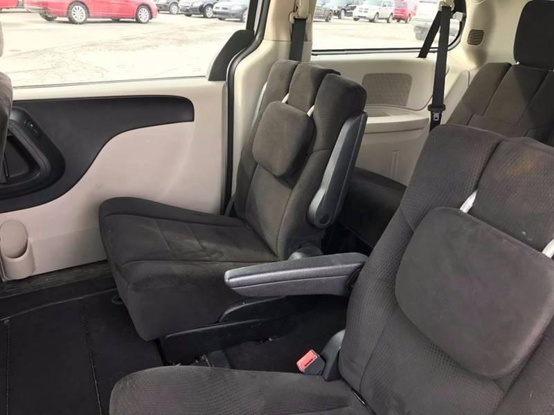 2012 Dodge Grand Caravan SXT 4dr Mini-Van - Oregon OH