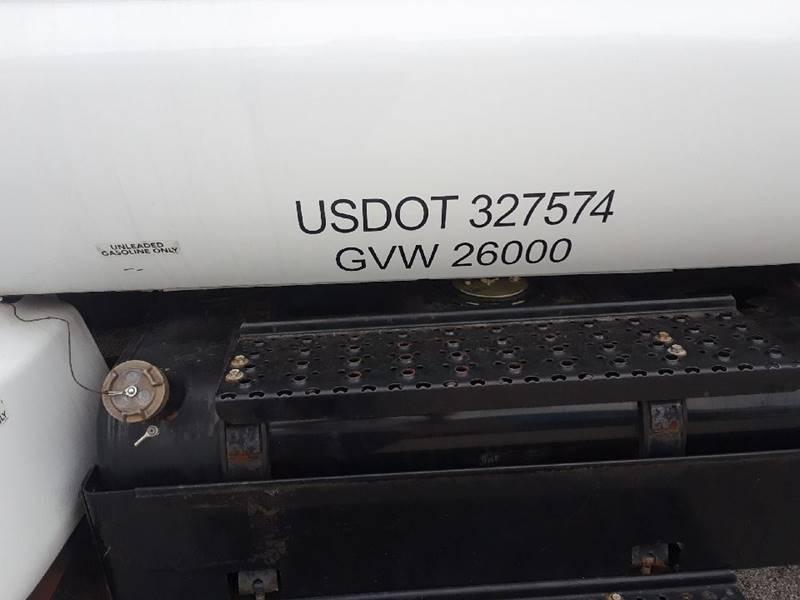 2015 Ford F-650 SUPER DUTY - Oregon OH