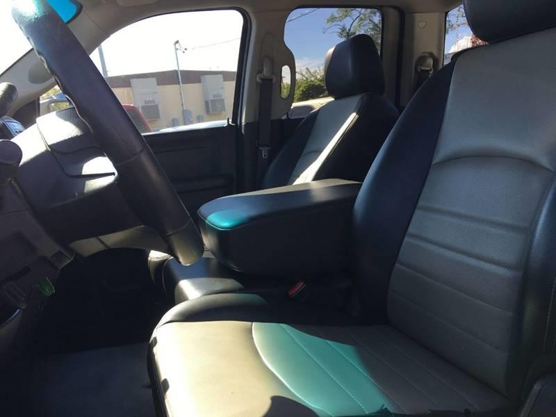 2009 Dodge Ram Pickup 1500 4x4 ST 4dr Quad Cab 6.3 ft. SB - Oregon OH