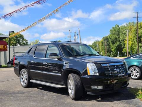 2010 Cadillac Escalade EXT for sale at Tonka Auto & Truck in Mound MN