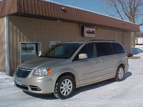 2015 Chrysler Town and Country for sale in New Prague, MN