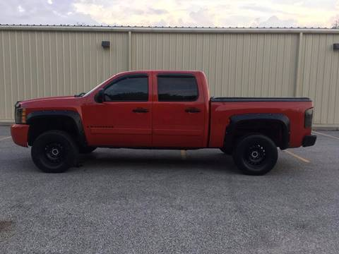 2007 Chevrolet Silverado 1500 for sale at RBT Automotive LLC in Perry OH