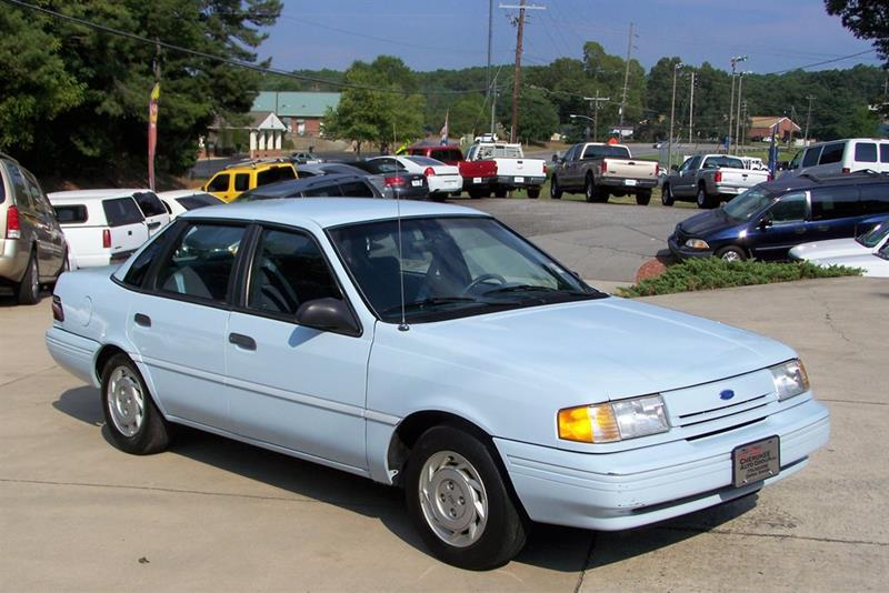 1992 Ford Tempo GL (image 3)
