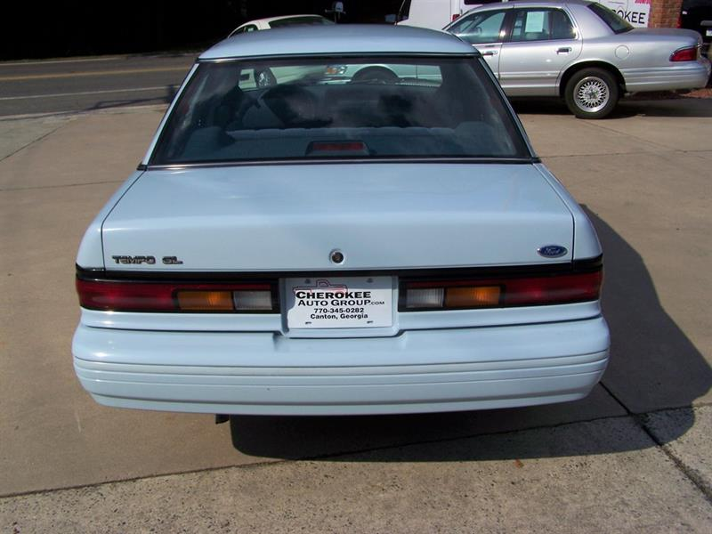 1992 Ford Tempo GL (image 13)