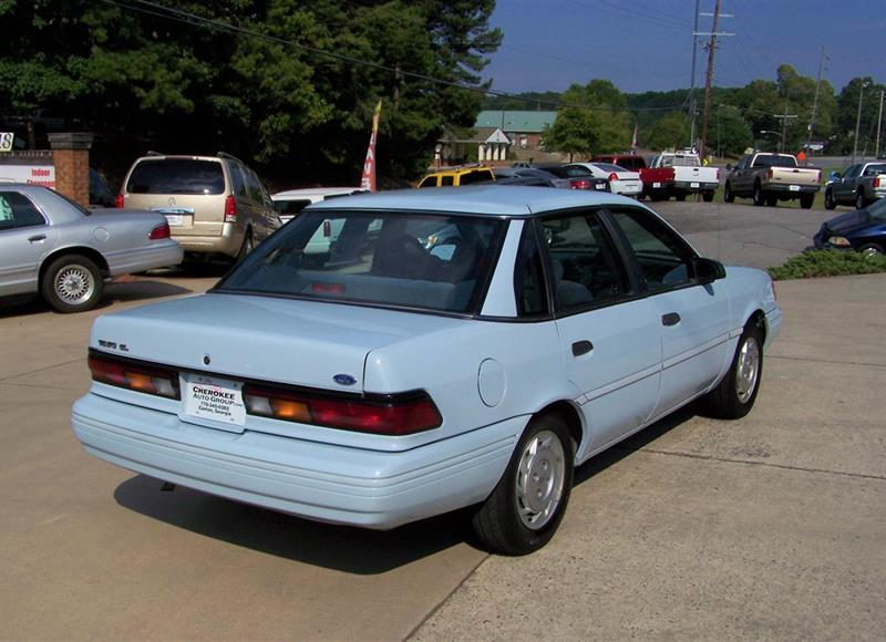 1992 Ford Tempo GL (image 2)