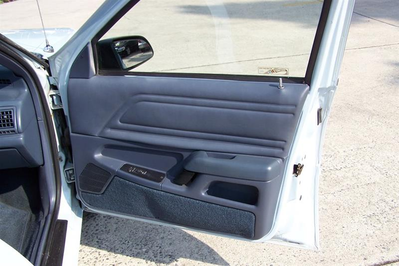 1992 Ford Tempo GL (image 53)