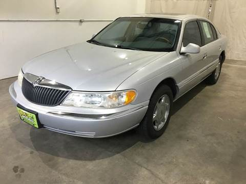 2001 Lincoln Continental for sale in Clinton, IA