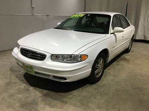 2000 Buick Regal for sale in Clinton, IA
