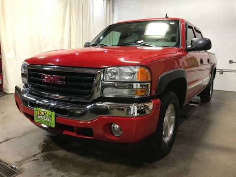 2006 GMC Sierra 1500 SLE2 for sale at Frogs Auto Sales in Clinton IA