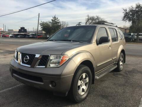 2005 Nissan Pathfinder for sale at Pary's Auto Sales in Garland TX