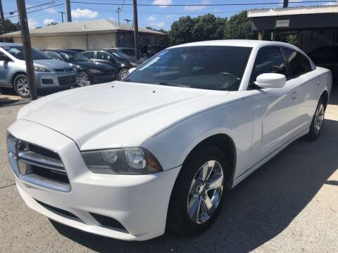 2011 Dodge Charger for sale at Pary's Auto Sales in Garland TX