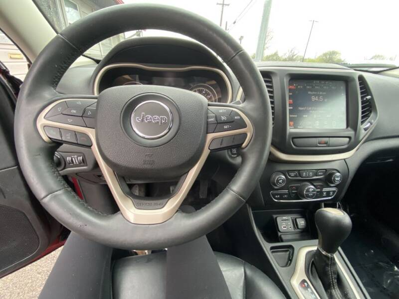 2015 Jeep Cherokee Limited (image 15)