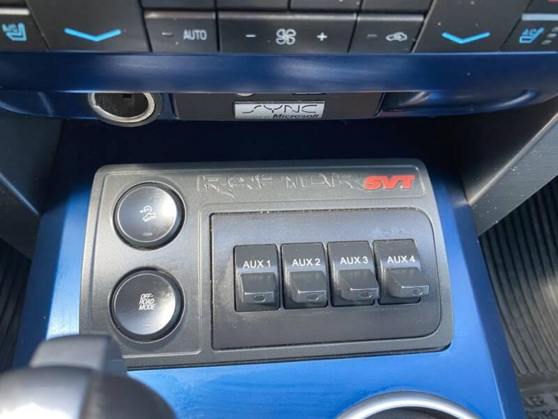2012 Ford F-150 SVT Raptor (image 19)