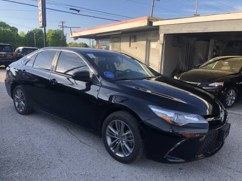 2017 Toyota Camry for sale at Pary's Auto Sales in Garland TX