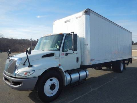 2013 International DuraStar 4300 for sale in West Boylston, MA