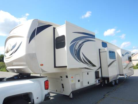 2019 Palomino Columbus 378MB  for sale at Autowright Motor Co. in West Boylston MA