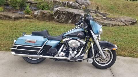 2008 Harley-Davidson FLHTCU for sale at HIGHWAY 12 MOTORSPORTS in Nashville TN