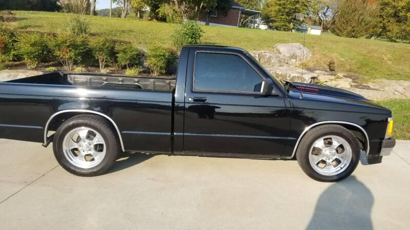 1993 Chevrolet S-10 for sale at HIGHWAY 12 MOTORSPORTS in Nashville TN