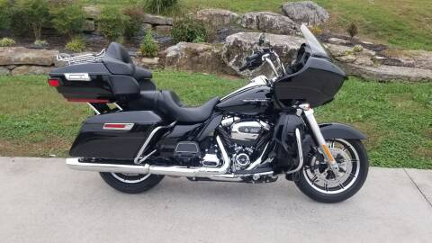 2018 Harley-Davidson FLTRU for sale at HIGHWAY 12 MOTORSPORTS in Nashville TN