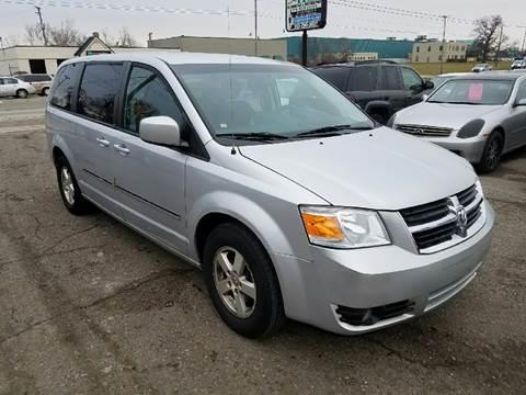2008 Dodge Grand Caravan for sale in Redford, MI