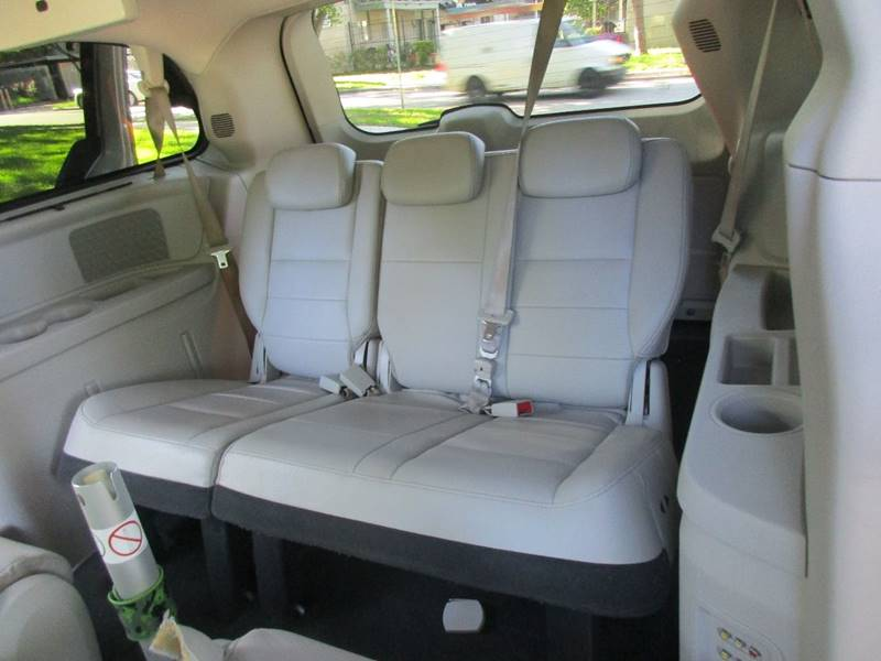 2008 Dodge Grand Caravan for sale at Giant Auto Mart 2 in Houston TX