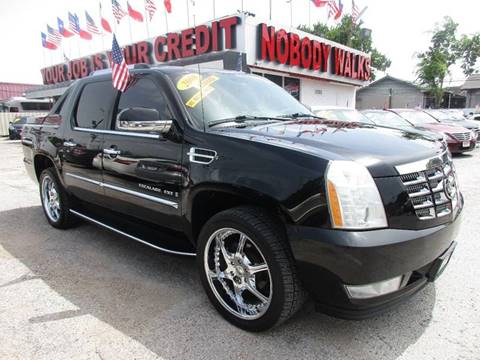 2008 Cadillac Escalade EXT for sale at Giant Auto Mart 2 in Houston TX