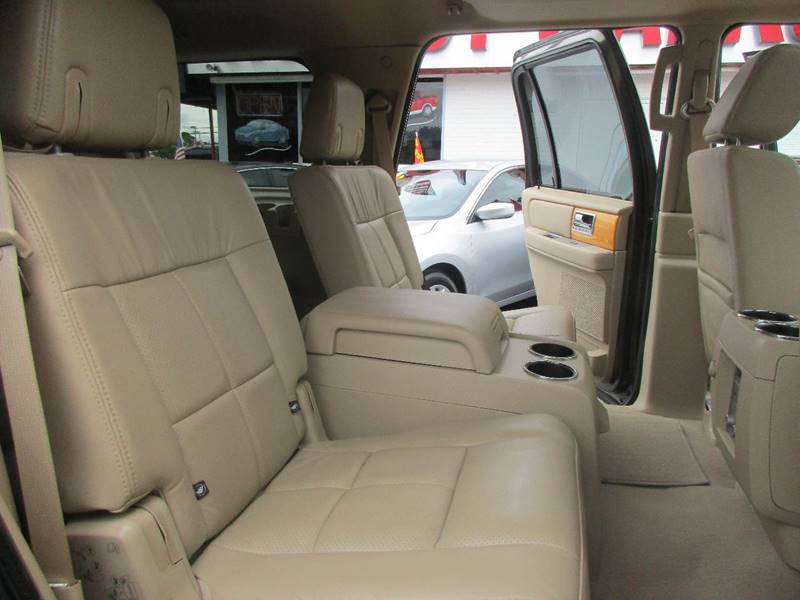 2008 Lincoln Navigator for sale at Giant Auto Mart 2 in Houston TX