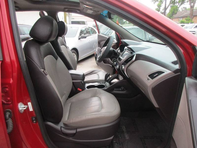 2011 Hyundai Tucson for sale at Giant Auto Mart 2 in Houston TX