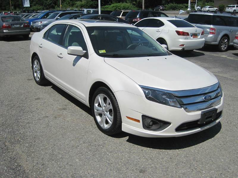 2012 Ford Fusion for sale at Zinks Automotive Sales and Service - Zinks Auto Sales and Service in Cranston RI